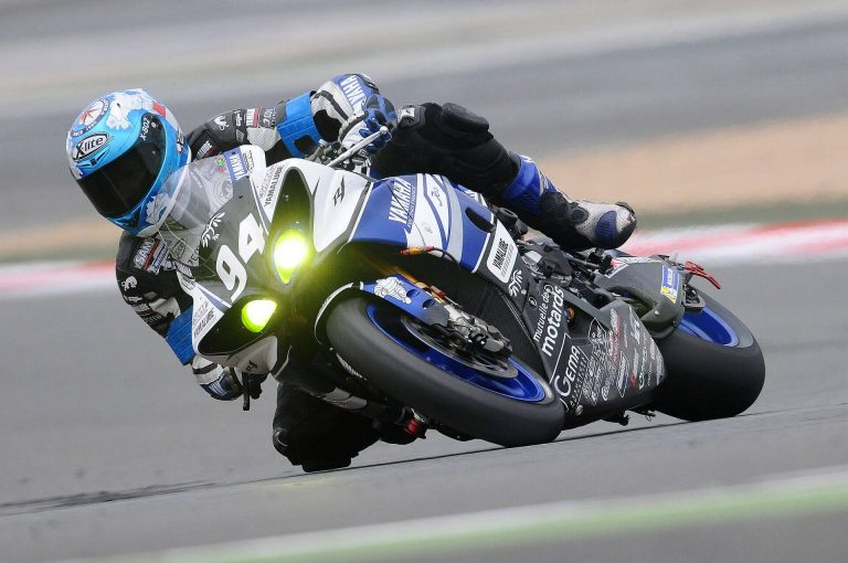CHOOSING THE RIGHT MOTORCYCLE TIRE INVOLVES THE RIGHT TREAD STYLE, TIRE BIAS AND TIRE MATERIALS